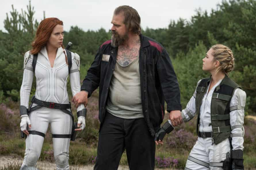 Johansson and Pugh with David Harbour