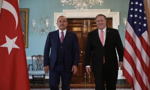 The Turkish foreign minister, Mevlüt Çavuşoğlu, in Washington, with, right, US secretary of state, Mike Pompeo.