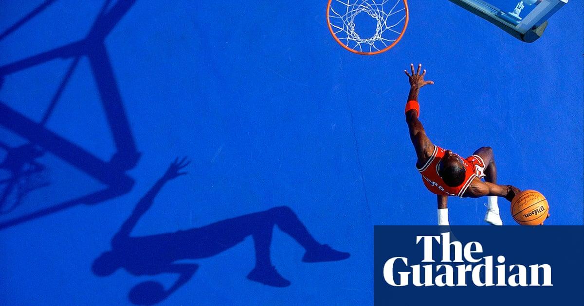 A Michael Jordan slam dunk from above: Walter Iooss on his best photograph