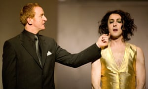 Alan Cumming as Dionysus and Tony Curran as Penteus in The Bacchae at the Edinburgh international festival in 2007.