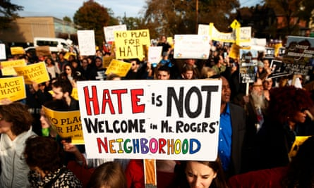 Groups march toward the Tree of Life synagogue in Pittsburgh, Pennsylvania, three days after 11 people were killed in a mass shooting on 30 October 2018.