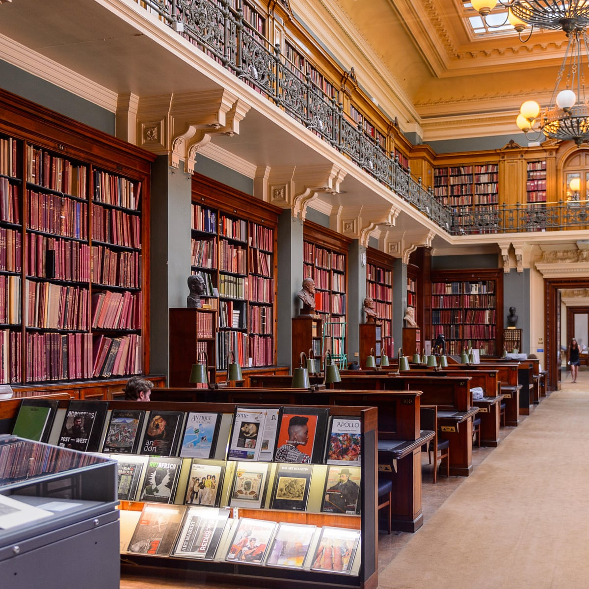Guardians Of Uk S Literary Jewels At Risk In V A Plan To Cut Key Library Staff V A The Guardian