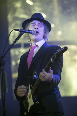 Pete Doherty on stage in Glasgow.