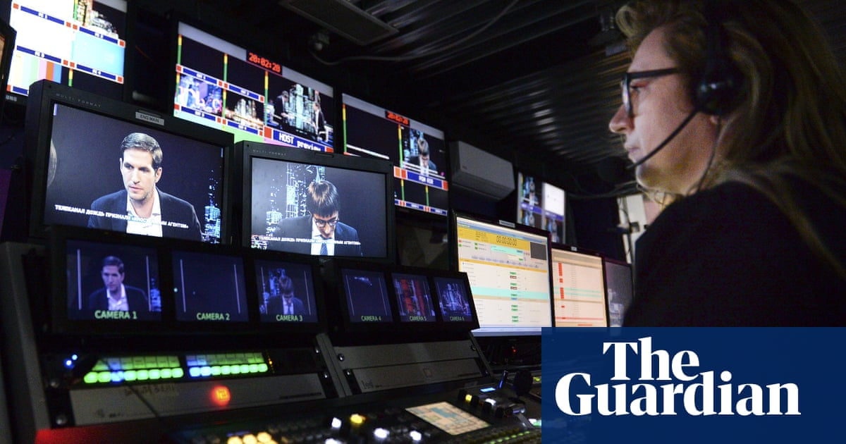 Vladimir Putin urged to end crackdown on Russian journalists