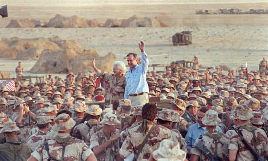 With US and British troops in Saudi Arabia on Thanksgiving day, during the first Gulf war, November 1990.