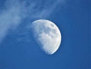 Daytime MoonHelen Schofield (UK). Earth's only natural satellite is situated above the horizon of our planet so it is visible during daytime and the waxing gibbous phase can clearly be seen in the sky. The photographer captured this imposing image in Malaga, Spain while vacationing with her children.