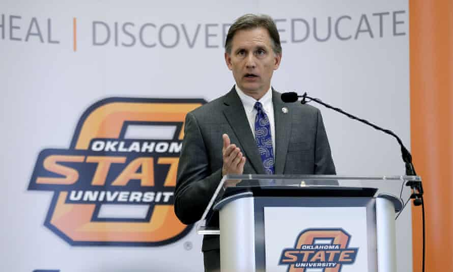 Oklahoma's attorney general, Mike Hunter, may have been smart to get what he can from Purdue while he can.