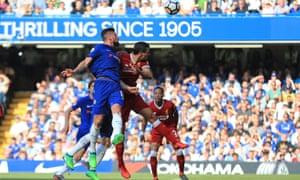 Olivier Giroud heads Chelsea's winner in the first half