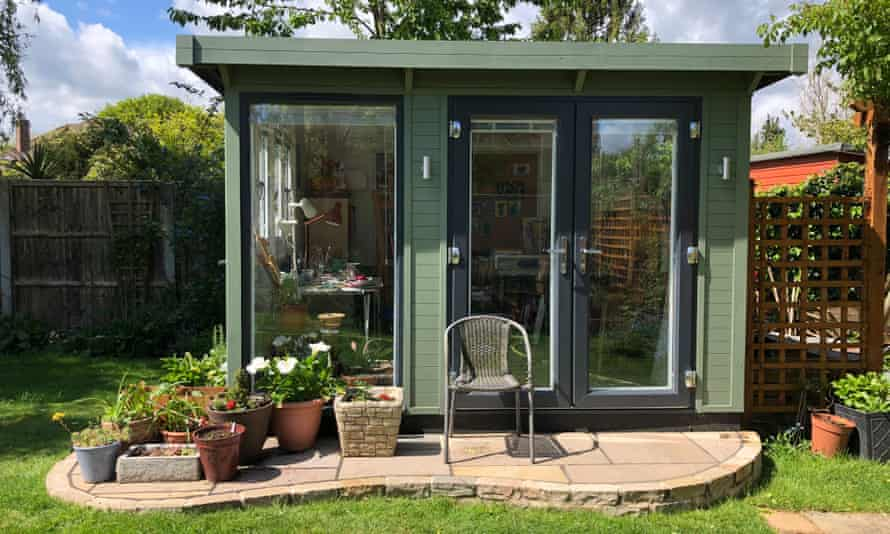 An office shed by Smart Garden Rooms, Offices & Studios