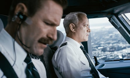 Aaron Eckhart and Tom Hanks in Clint Eastwood's film Sully.