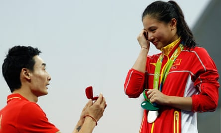 Qin Kai proposes to He Zi