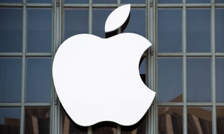 The move by Apple ends years of speculation that it planned to join the race to bring self-driving cars to the masses.