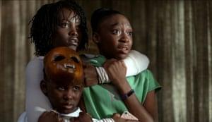 Evan Alex, Lupita Nyong'o and Shahadi Wright in Us.