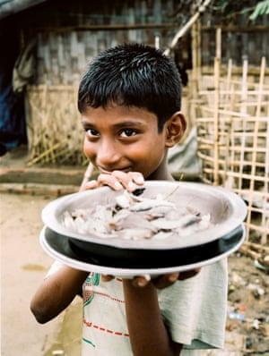 A Rohingya boy