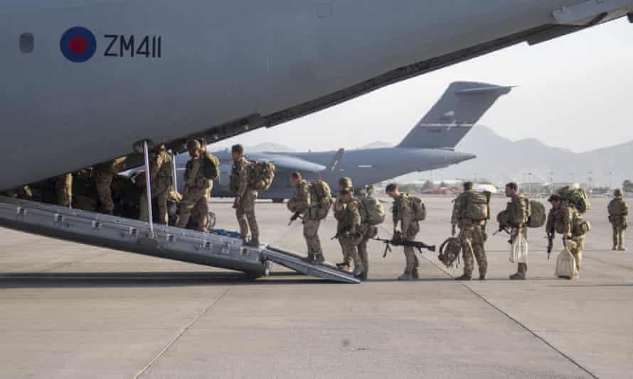UK military personnel departing Kabul last week
