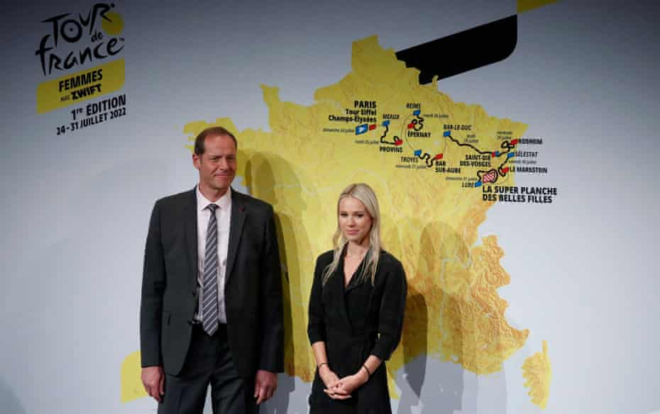 Christian Prudhomme and Marion Rousse during the route presentation in Paris.