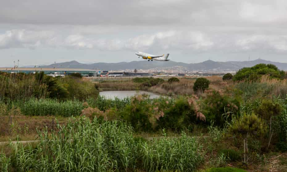 La Roberta Lagoon with Prat Airport in the background