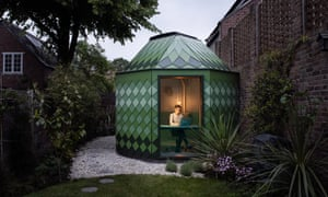Inexpensive and simple to build: a garden room designed by Ben Allen.