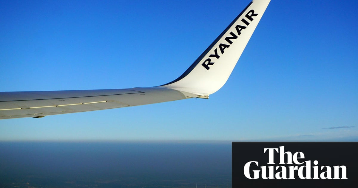 Ryanair rota fiasco and cancellation crisis fail to dent profit drive |  Business | The Guardian
