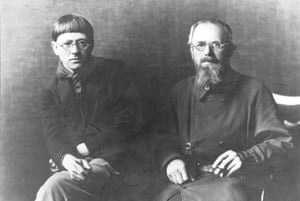 Jones and Eric Gill in Bristol, 1926.