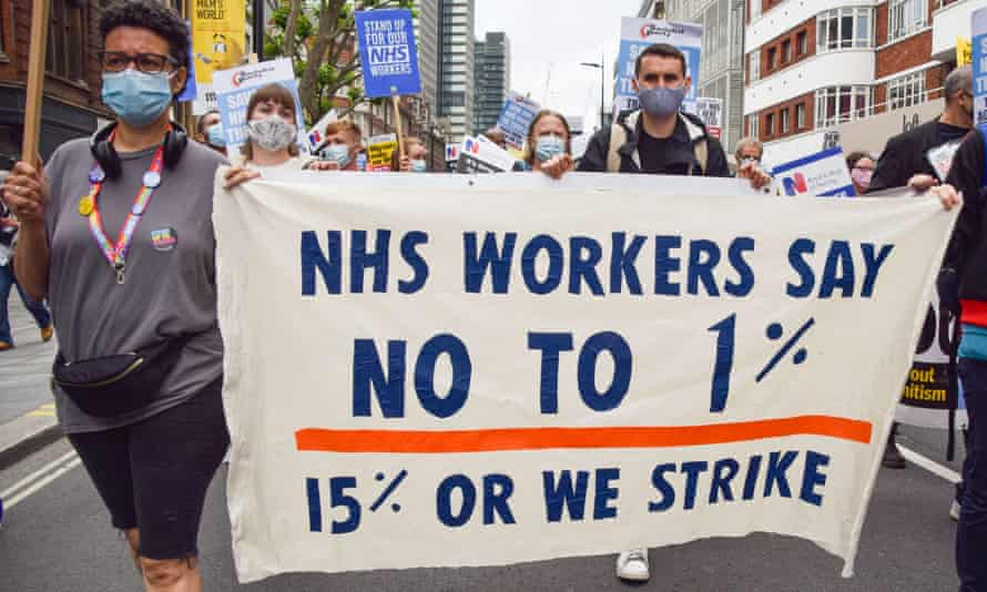 Protest in support of the NHS and fair pay for healthcare workers.