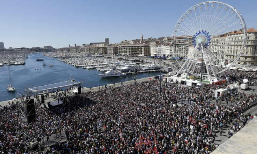 Mélenchon supporters in Marseille on 9 April.