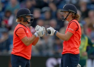 Katherine Brunt and Nat Sciver in Cardiff during the 2015 Ashes.