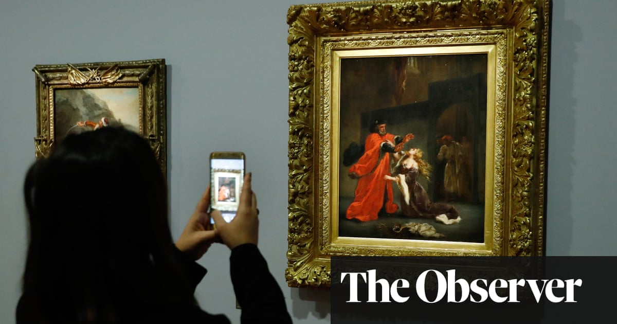 French Teenagers Swipe up for Arts on Macron's App