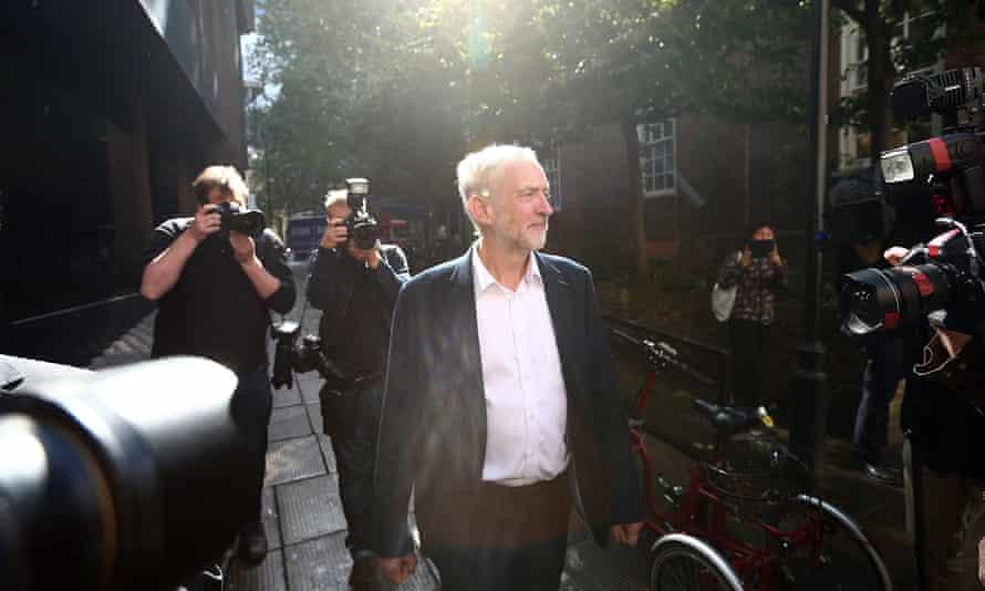 Jeremy Corbyn leaves Labour party HQ