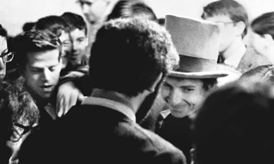 Bob Dylan, Surrounded by fans after a show, Town Hall, Philadelphia, October 10, 1964.