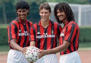 Frank Rijkaard, Marco van Basten and Ruud Gullit pose after joining Milan in 1988. (Photo by Bob Thomas/Getty Images)