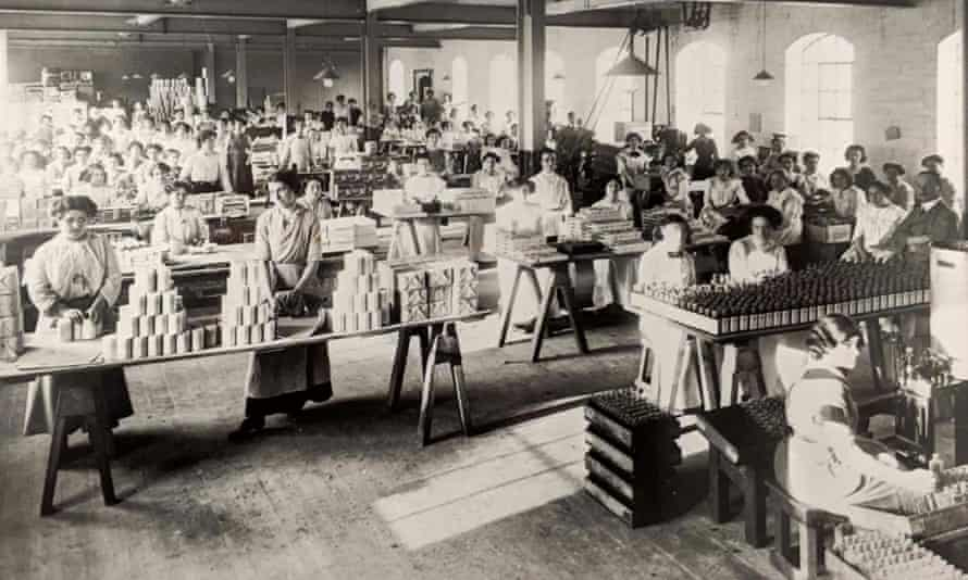 Workers pictured in 1908 at the silk mill on the site of Derby's Museum of Making.