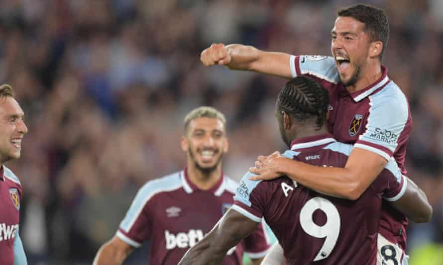 Pablo Fornals (right) celebrates scoring for West Ham