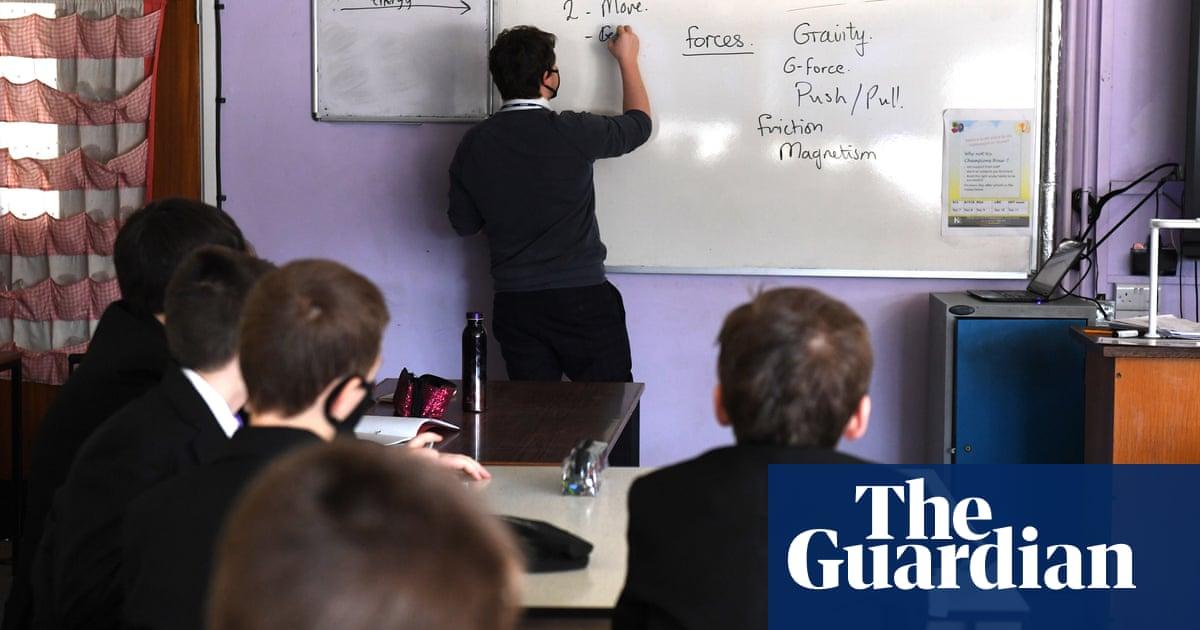 Per pupil spending in English schools to fall to under 2009-10 levels – IFS