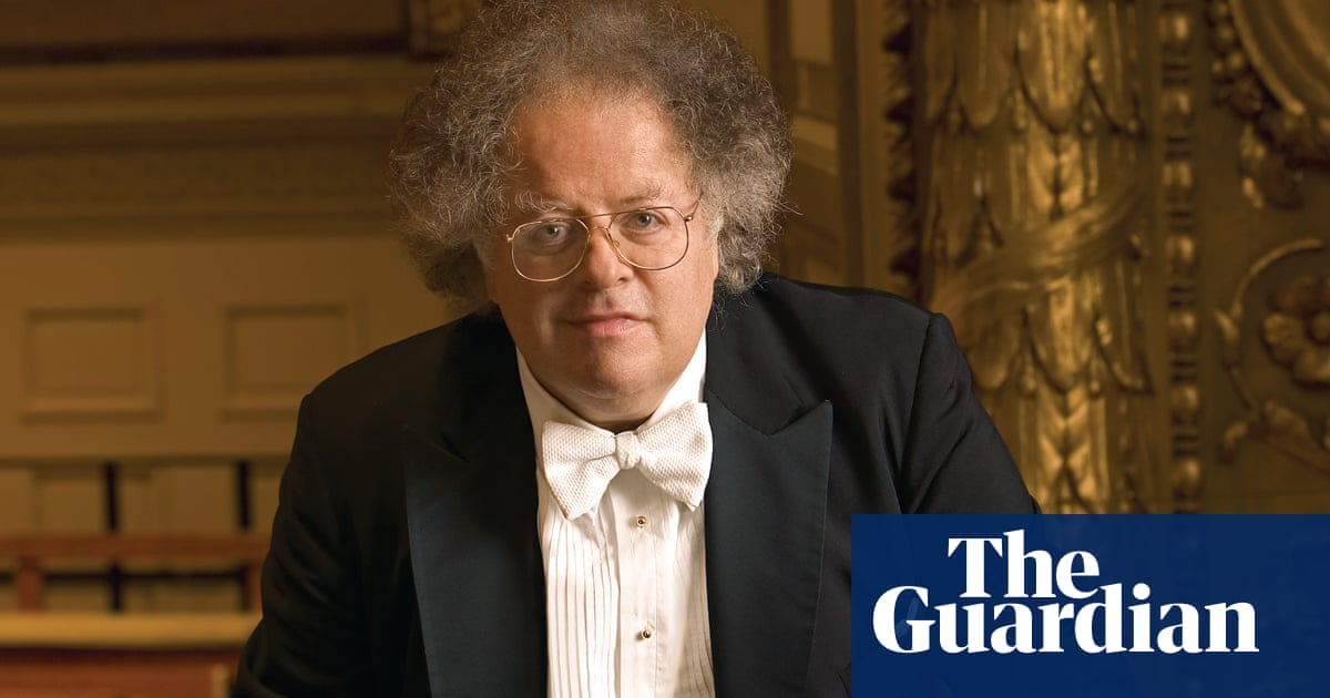 Conductor James Levine settles lawsuit over sexual misconduct allegations