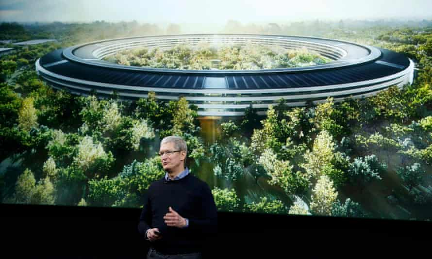 The mayor said Apple – which is building a massive new campus – should give $100m to improve city infrastructure.