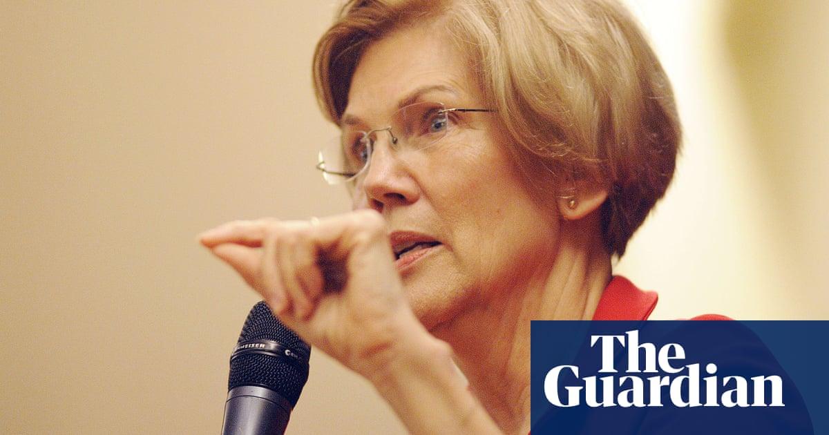Elizabeth Warren hits back at Donald Trump by releasing DNA test - video report