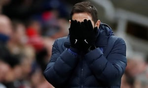Chelsea manager Frank Lampard reacts.