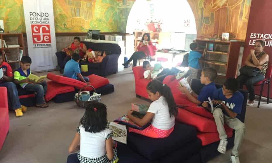 A bookshop in Apatzingán Mexico, opened by the Fondo de Cultura Ecónomica.