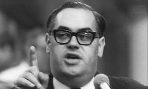 Ivor Richard in 1971.
