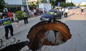 Bildergebnis für sinkholes worldwide images