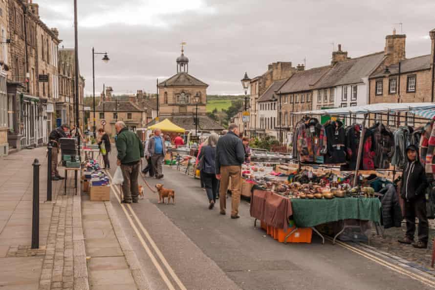 روز بازار در قلعه بارنارد در شهرستان دورهام.