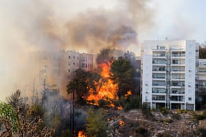 Bushfire between buildings