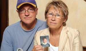 Patty and Jerry Wetterling show a photo of their son Jacob Wetterling, who was abducted in October of 1989.
