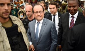 French president François Hollande and CAR's president Faustin-Archange Touadéra in Bangui, May 2016