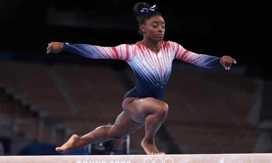 Simone Biles competes during the beam final at Tokyo 2020