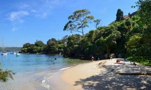 Залив Эрмит, часть Прогулочной трассы Эрмитажа, в Воклюзе, восточном пригороде Сиднея, Новый Южный Уэльс, Австралия