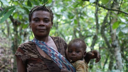 Baka woman in Messok Dja forest