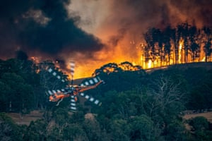 Emergency services fight the East Gippsland fires in Victoria