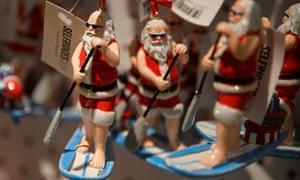 Paddleboard Santa tree baubles